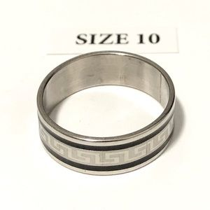 Men's / Women's Ring with design, Size 10